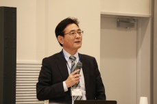 Prof. N. Minato (Provost, Executive Vice-President; Kyoto Univ.)
